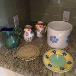 6 Pieces Ceramic Miscelaneous $100